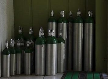 an-array-of-oxygen-tanks